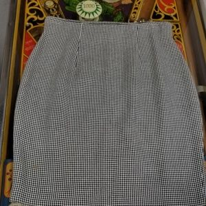 Vintage hounds tooth skirt